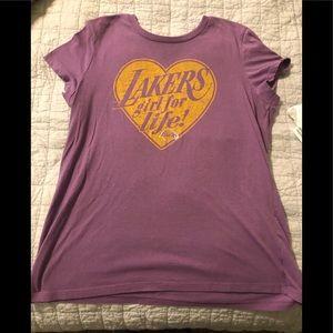Women's Lakers Girl T-shirt XL old navy